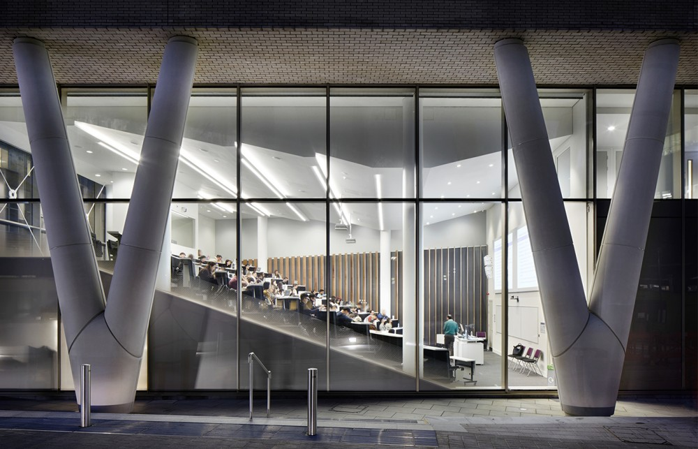 Queen Mary, University of London: Graduate Centre